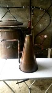 h-20-entonnoir-cuivre-huile-essencier-20150609_102442