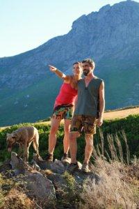 Hélène et Laurent Filippi, distillateurs d'huiles essentielles du Cap, Intimu