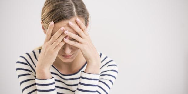 Les pensées négatives sont directement à l'état de stress que vous viviez. Se soigner avec les huiles essentielles est très bénéfique.